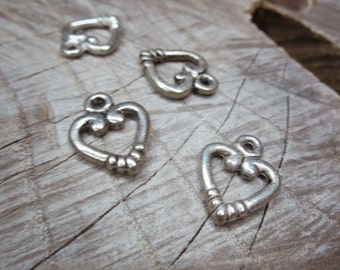 Heart Charm Pendant Charms ~4 pieces #100273
