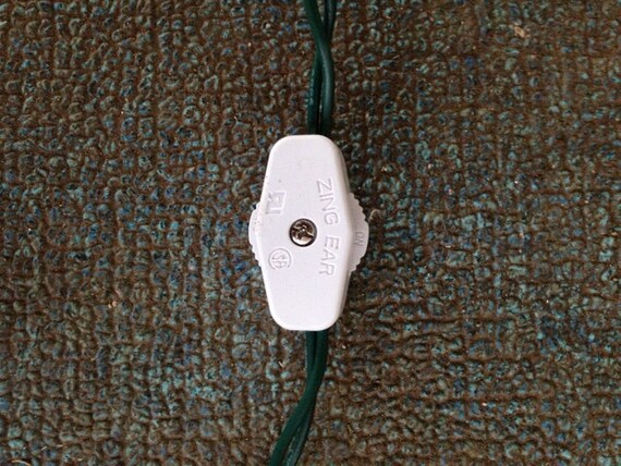 Inline Wheel Switch For Low Voltage Mini Light Strings.