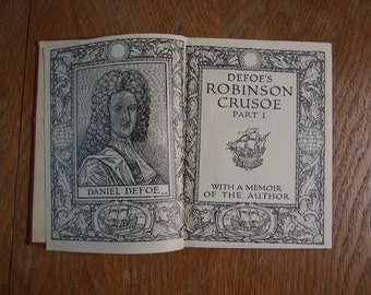 Vintage Book: Robinson Crusoe, Daniel Dafoe