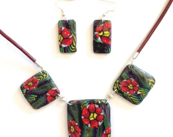 adornment in polymer clay, flowers of poppies