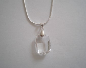Crystal Clear Swarovski Pendant and 925 Sterling Silver Chain Necklace