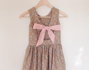 Girls floral bow dress - size 4T