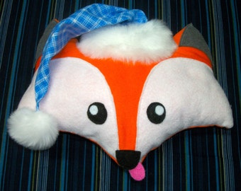 Fox cushion with hat