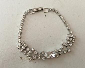 Vintage Clear Rhinestone Chain Bracelet 0630