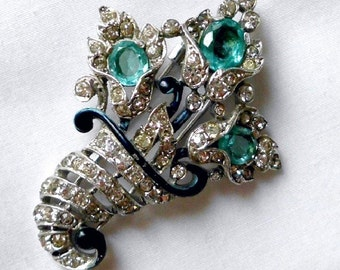 Crown Trifari Alfred Philippe Design Aqua Blue Stone Fur Clip