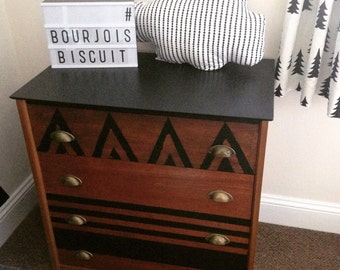 Now SOLD Retro vintage tesk chest of drawers