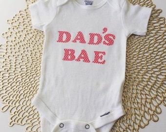 Dad's BAE Infant Baby Onesie, Dad's BAE Funny Onesie, Baby Girl Bodysuit, Girl Newborn Onesies, Baby Onesies