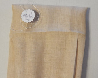28 ct. Tea-dyed linen (1/8th yard pricing)