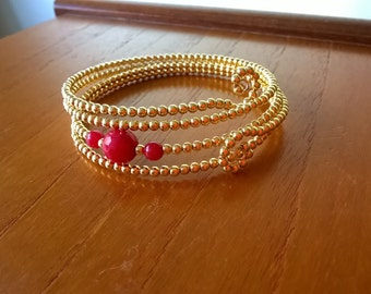 S - 353 luscious reds on gold!