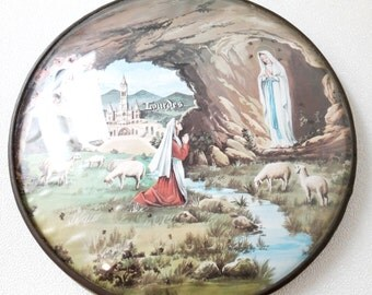 "small french vintage convex glass frame ""Lourdes"", french souvenir"