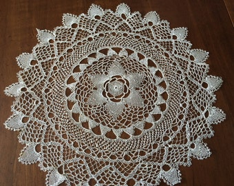 Delicate NEEDLE LACE Doily~Off-White Hand-Made~Round~11.5 Inches~Vintage Linens~Needle Art~Table Linen~Heirloom Doilie