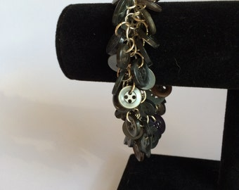 Black and Grey Button Shaggy Loop Chainmaille bracelet