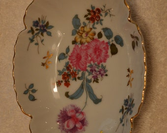 Royal Crown Hand Painted Plate/Trinekt Dish