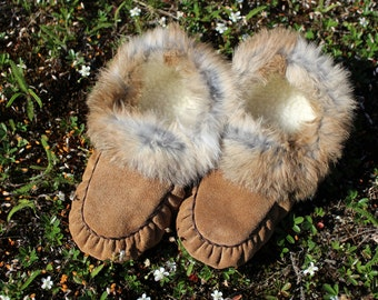 Moccasins / slippers, hand sewn moose hide