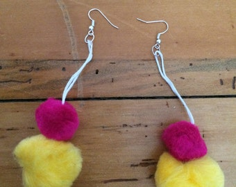 Double decker Pom Pom earrings