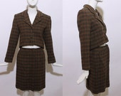 80s 2-piece plaid wool skirt suit cropped jacket mini skirt high waisted office career secretary olive green checkered striped fitted XS S