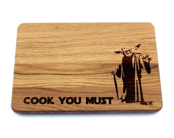 Cutting Board Star Wars. Birthday Gift, Gift for Dad, Gift for Him, Gift for Her, Housewarming Gift, Yoda, Cook You Must, Star Wars Gift