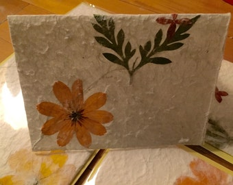 Daisies - Handmade floral paper note card, single
