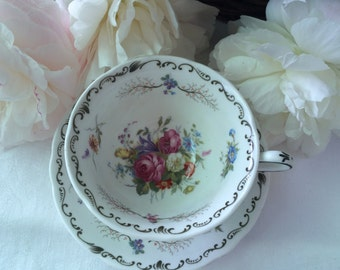 Beautiful Grosvenor China tea cup and saucer