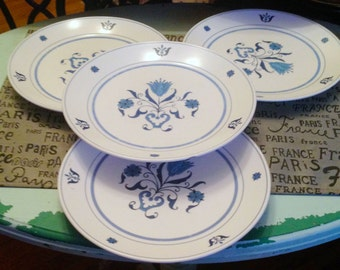 Vintage (c.1960) Noritake Progression Line Blue Haven 9004 large salad plate. Blue-and-white design. Made in Japan.