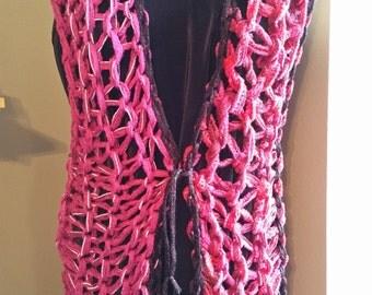 Large Loop Vest in Pinks and Black