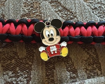 Mickey or Minnie Mouse paracord dog collar