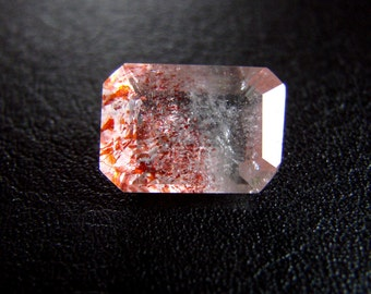 Strawberry QUARTZ oval cut 5,5 ct