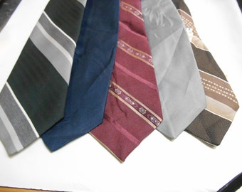 5 Ketch Striped and Solid Polyester Neckties 1980's