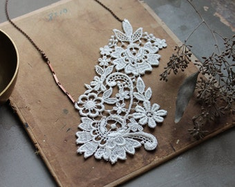 statement necklace // SANDRINE // off white lace necklace / large necklace / vintage style / gift for her / bridal necklace/ boho chic
