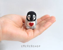 Needle Felted penguin. miniature penguin figure. 100% wool. wool felt penguin.Wool Sculpture. Soft Plush Toy.Ornament.Cute Animal. red heart