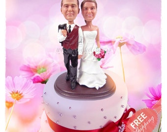 Classic wedding cake toppers Personalised cake topper Unique wedding cake topper Custom cake topper Best wedding cake toppers Wedding topper