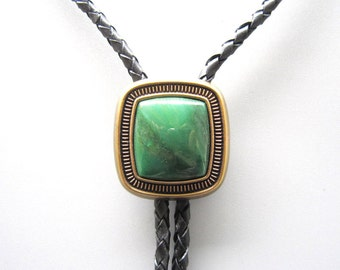 Gold Plated Green Stone Western Cowboy Rodeo Bolo Tie