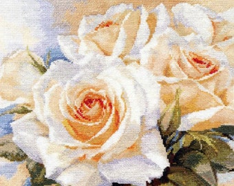 White Roses - Cross Stitch Kit by Alisa