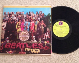The Beatles Sgt. Pepper's Lonely Hearts Club Band Record Album Vinyl LP