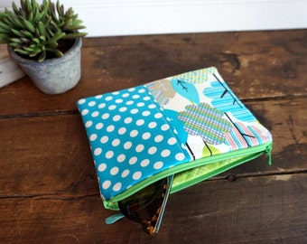 Medium Flat Make Up Bag, Zipper Pouch, Travel Bag, Bright Aqua Dot and Lime Trees