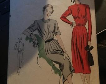 Vintage Vogue 50's Dress Pattern 6134-Size 14 (32 bust, 35 hip)