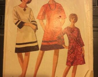 Vintage 60's Simplicity 6634 Dress Pattern-Size 16 (36-28-38)