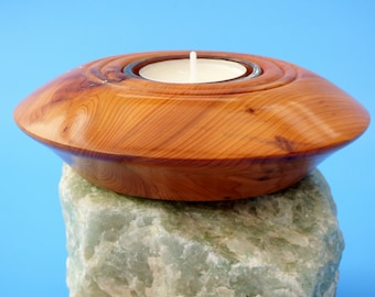 Tealight holder in Yew wood