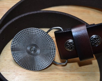 Bergamot Brass Works Belt buckle. Y-120 Sun. 1974 USA. Very good condition.With NEW leather belt.