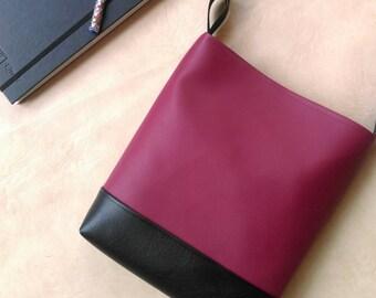 SALE Burgundy and black hobo slouch shoulder vegan bag handbag