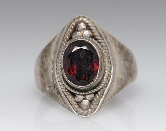 Red Stone Sterling Silver Ring - Size 6