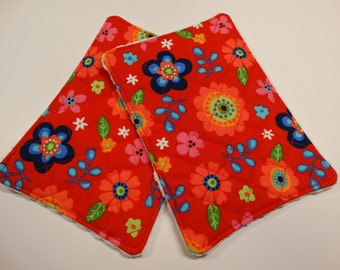 Set of 2 - Kitchen Unsponge -  Washcloth - Reuseable - 100% cotton - Eco Friendly - Large - Floral - Bright  - Red - Waffle weave - Quilted