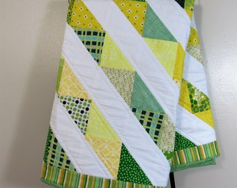 Oregon Baby Quilt - Baylor Baby Quilt - Green and Yellow Baby Quilt
