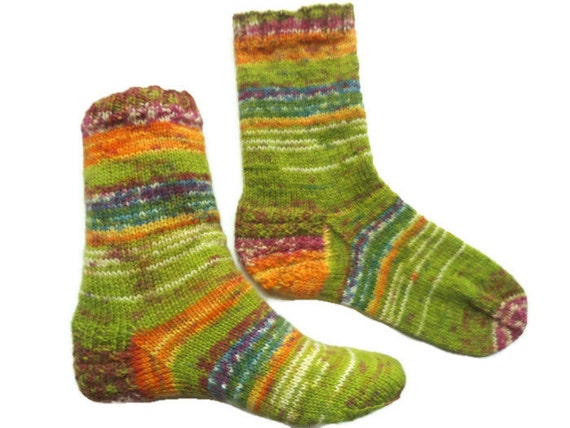 Knitted wool socks, green socks, short socks, non shrink socks, women's socks, ankle socks, wool socks, comfortable socks, soft, cozy socks