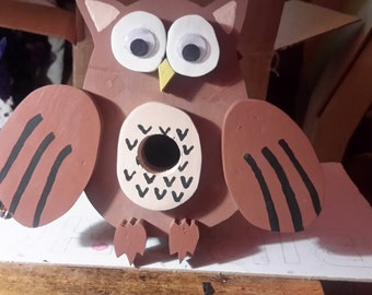 Owl handpainted, Birdhouse