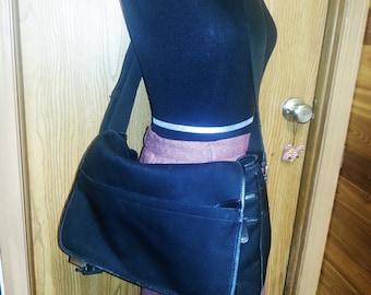 Vintage Coach messenger bag, vintage Coach bag, vintage Coach. Vintage black Coach messenger bag