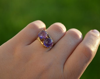 Vintage 10K Gold Ring With Two Round Amethysts, Size 8