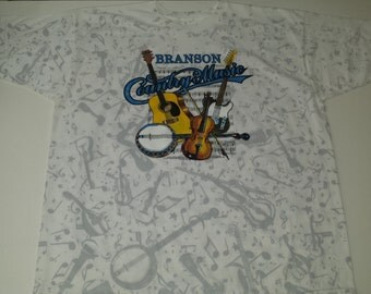 Vintage  1994 Branson Missouri Country Music all over  graphic tshirt size XL