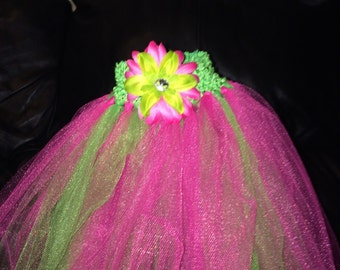 Pink/green tutu with flower