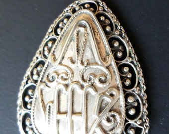 Sterling Silver Filigree Middle Eastern Pendant.